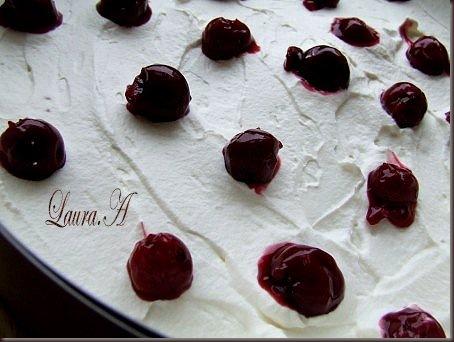 tort cu ciocolata si cirese (2)