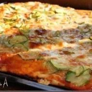 Pizza cu dovlecei zucchini