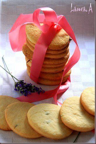 Biscuiti cu lavanda detaliu - www.lauraadamache.ro