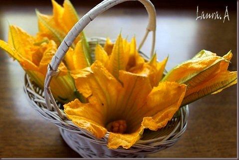 Flori de dovlecel umplute - flori in cos