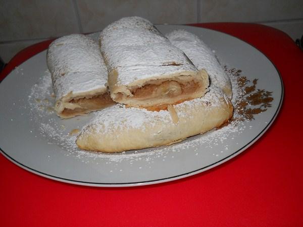 Bastonase cu mere - Reteta Cornea Laurentia