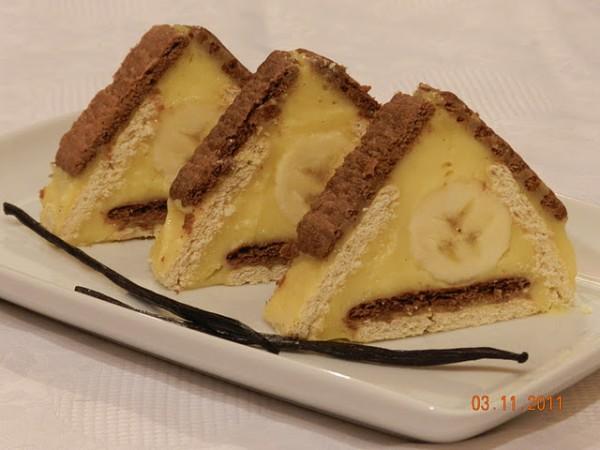 Triunghiuri cu biscuiti si vanilie - Reteta propusa de Lacto-ovo-vegetarian Kitchen
