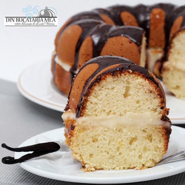 Prajitura cu crema de vanilie - Reteta propusa de Din Bucataria mea