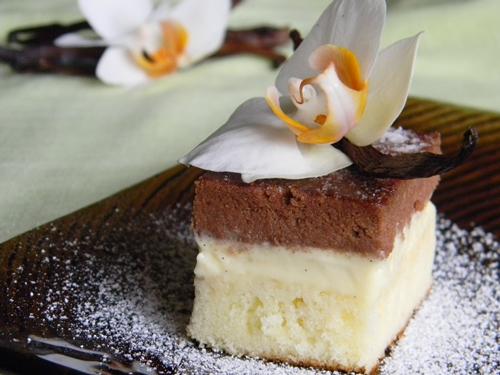 Prajitura cu crema de vanilie - Reteta propusa de Iuliana Florentina