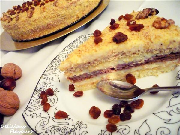 Tort Somloi - Reteta propusa de Delicious Flavours