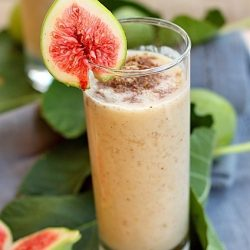 Smoothie de smochine si seminte de in
