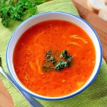 Supa de rosii cu taitei de casa