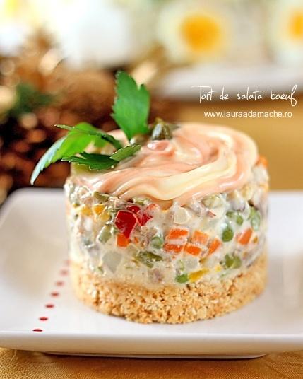 Salata boeuf - minitort decorat