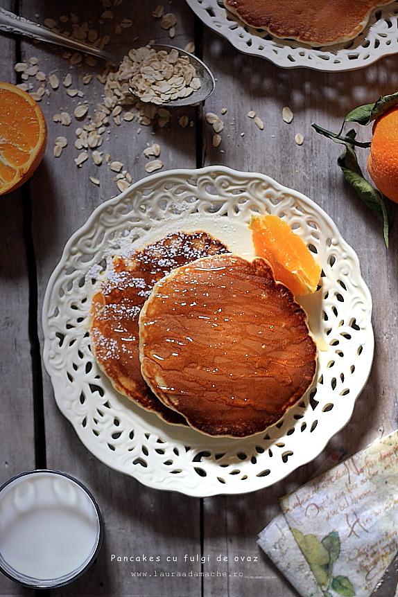 Pancakes cu fulgi de ovaz - detaliu