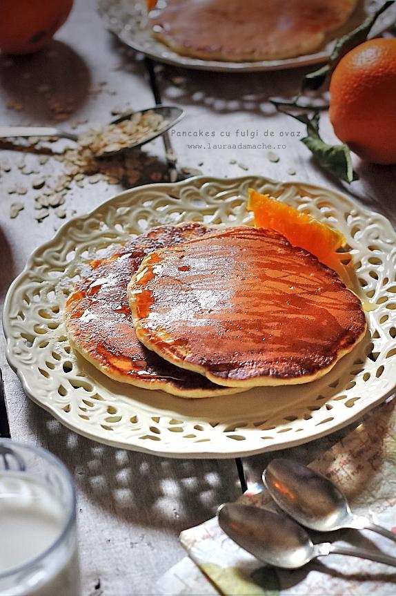 Pancakes cu fulgi de ovaz - detaliu pancakes