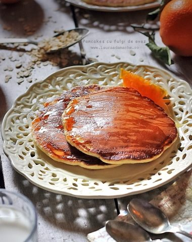 pancakes_cu_fulgi_ovaz