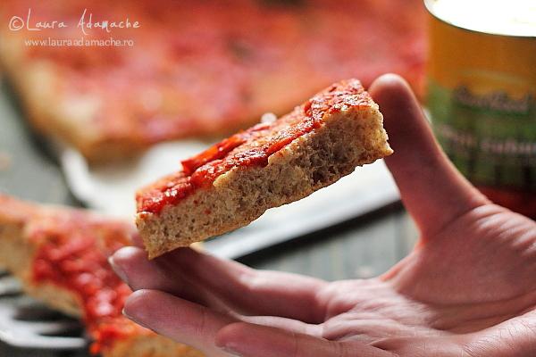 Pizza cu faina integrala - detaliu final