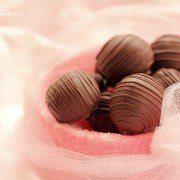 Bomboane de ciocolata si nuca de cocos