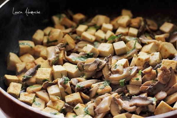 Ciuperci cu Tofu-preparare