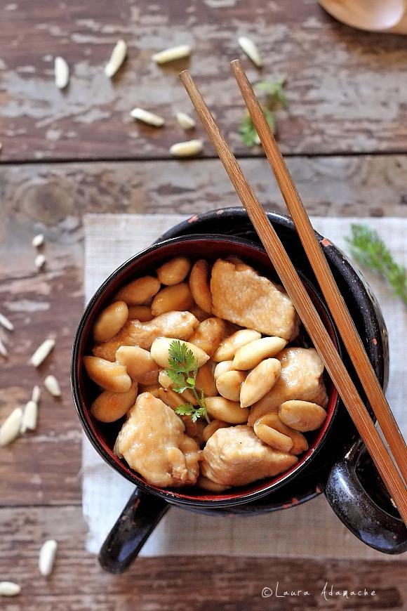 Pui cu migdale - detaliu mancare chinezeasca