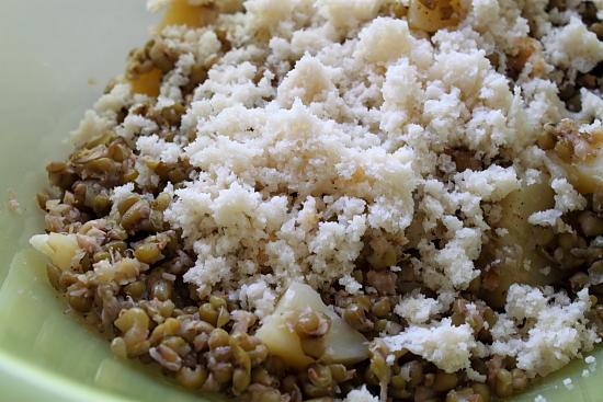 Chiftele de fasole Mung - pregatire
