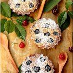 Mini tarte cu cirese si crema frangipane