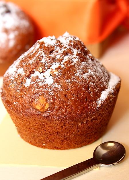 Muffins fara oua - detaliu muffins copt