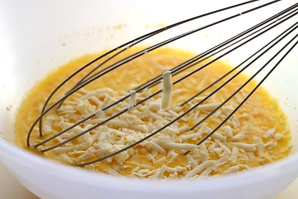 Omleta la cuptor cu sparanghel - preparare compozitie