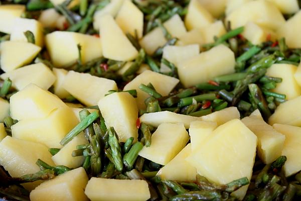 Supa crema de sparanghel salbatic