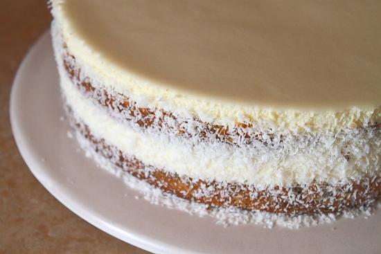 Tort cu crema de portocale si ciocolata alba - asamblare tort