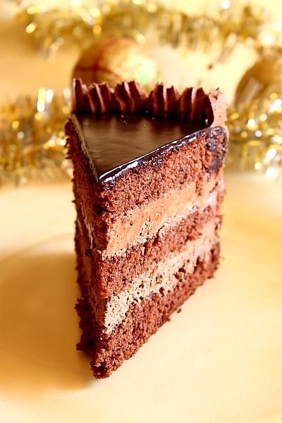 tort de ciocolata laura sava
