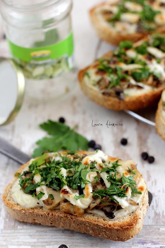 bruschette-cu-ciuperci