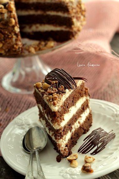 detaliu-tort-ciocolata