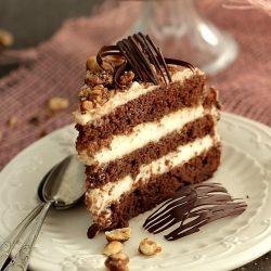 tort-ciocolata-sectiune