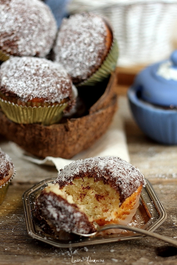 Muffins cu nuca de cocos- sectiune