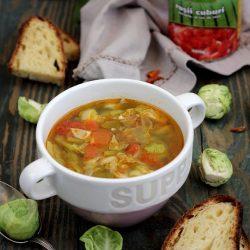 Supa picanta de varza de bruxelles