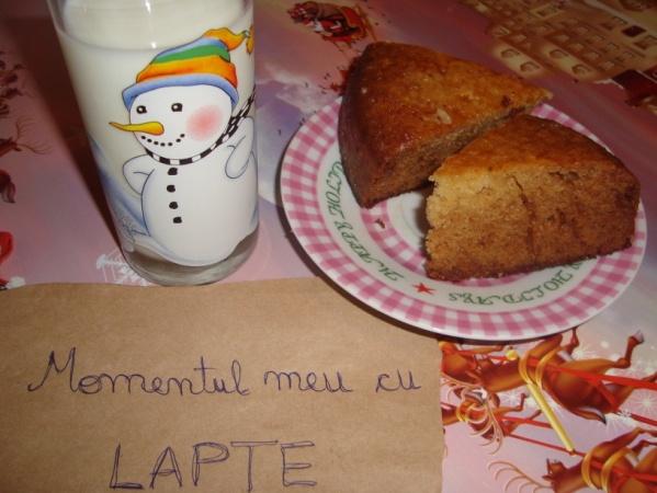 Felii prajitura cu lapte