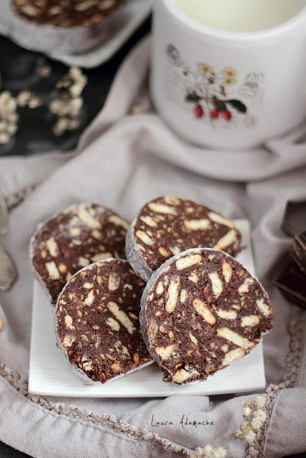 Salam de biscuiti in felii
