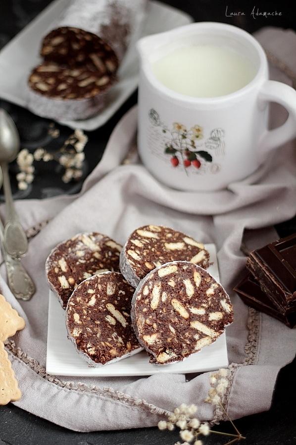 Salam de biscuiti felii