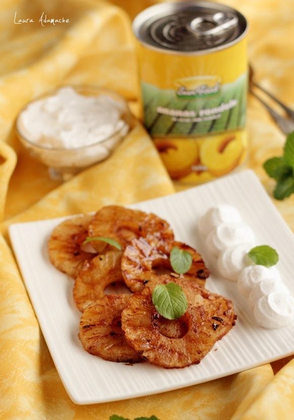 Ananas Sunfood la gratar cu rom