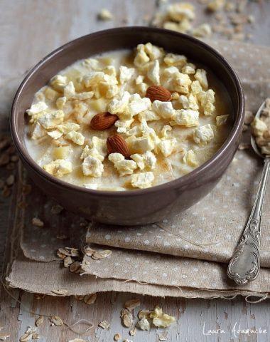 Porridge cu fulgi de ovaz si mere