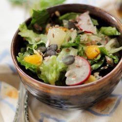 Detaliu salata de spanac