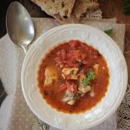Farfurie cu supa de platica