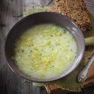 Supa de salata verde si cartofi