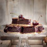 Prajitura cu cirese si ciocolata detaliu