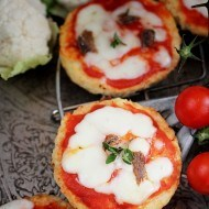 Mini pizza de conopida