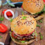 Hamburger de vita cu dovlecei