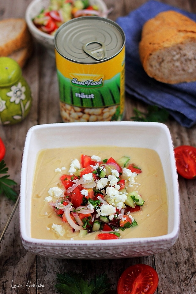 preparare-crema-naut-salata (1)