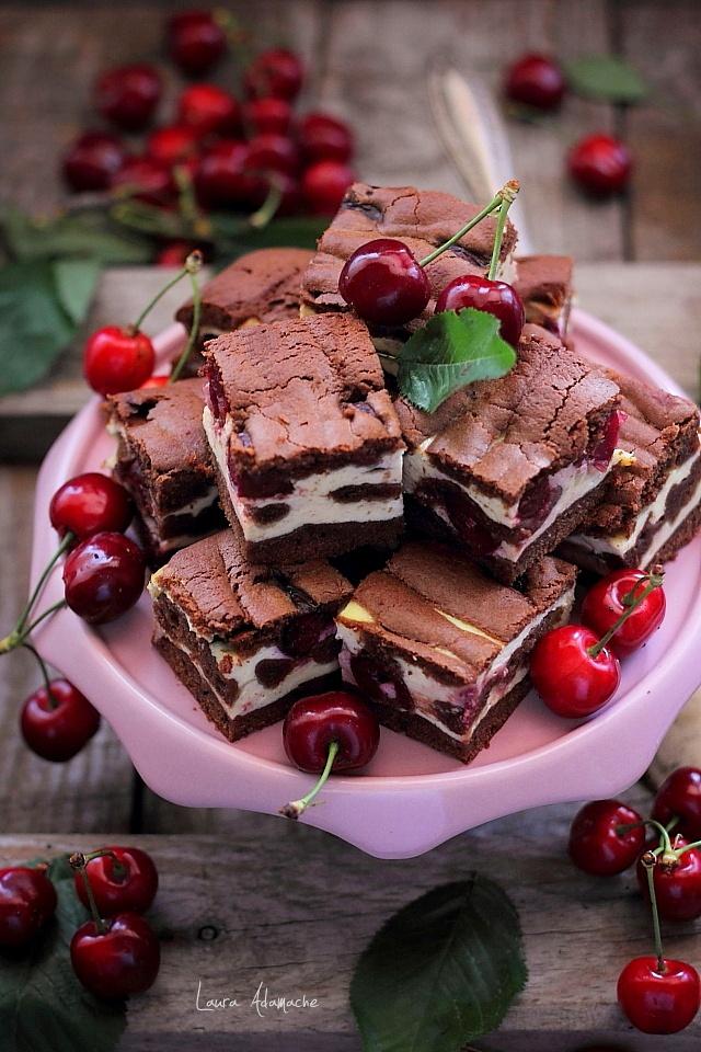 Imagini pentru prăjitură cu cireșe