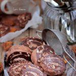 Rulada de biscuiti cu crema de ciocolata