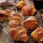 Croissants cu aluat foietaj de casa