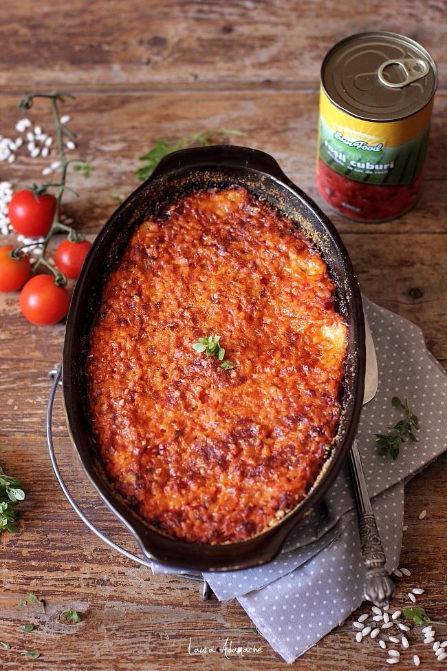 Orez cu sos de rosii cuburi si mozzarella detaliu