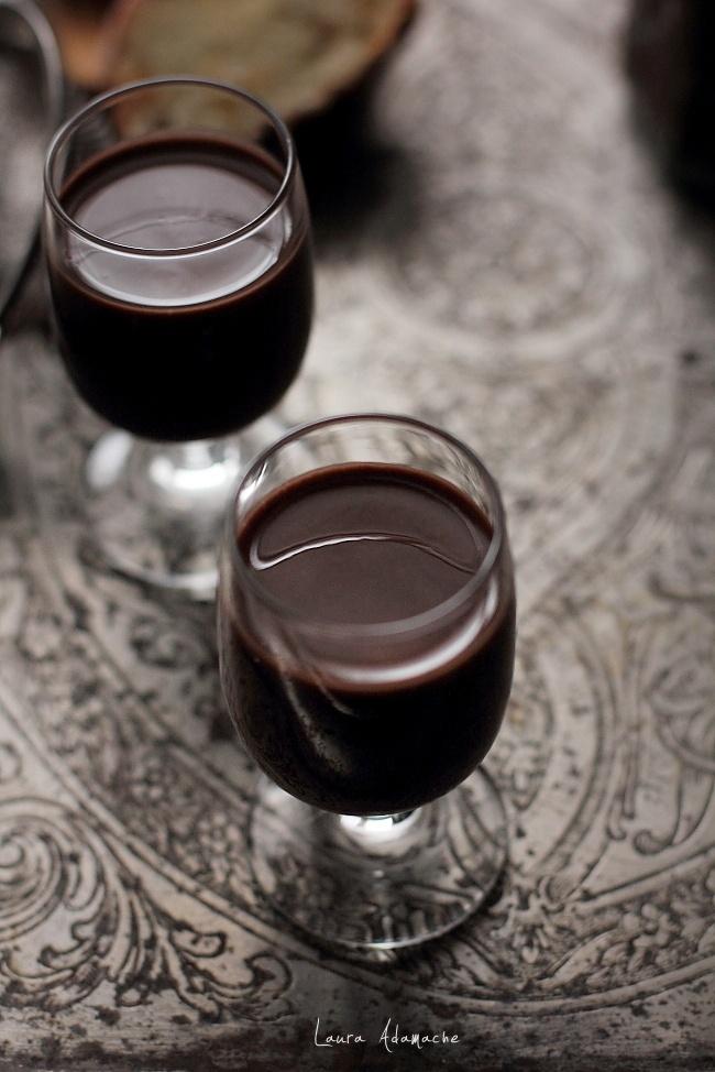 Lichior de ciocolata detaliu