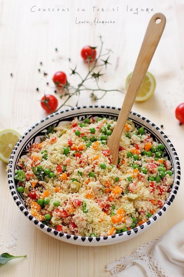 Salata cu couscous si ton in vas