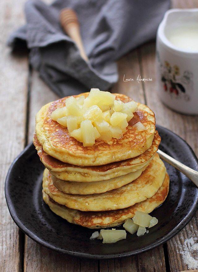 Pancakes cu ananas detaliu